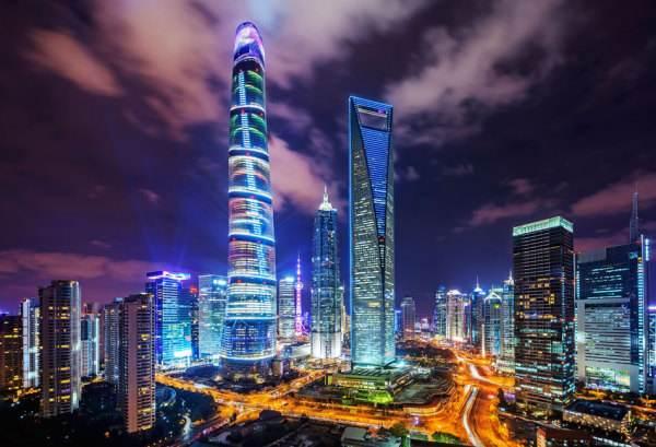 在上海浦东邂逅100栋写字楼
