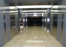 渣打银行大厦电梯厅