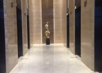 城开中心电梯厅