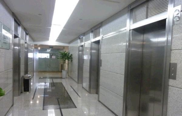 浦电路地铁站 同盛大厦 250平精装现房