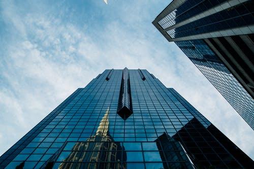 上海办公楼租赁需求放缓,中央商务区空置率走高