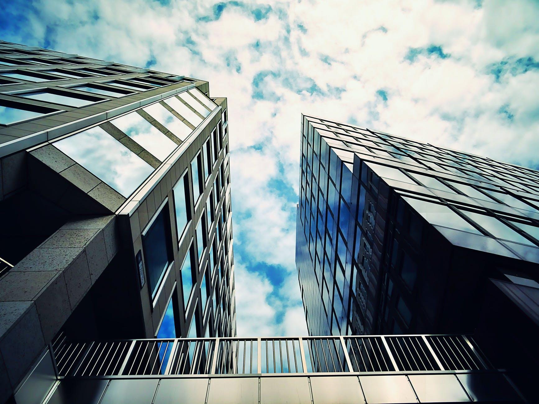 商务楼、写字楼底商是什么项目,值得投资吗?