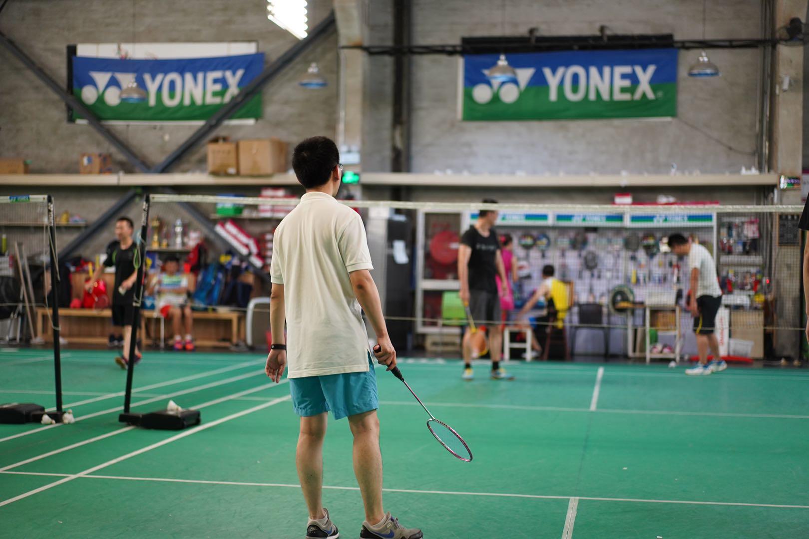 夏日激情,释放活力——办办网羽毛球团建活动顺利举办