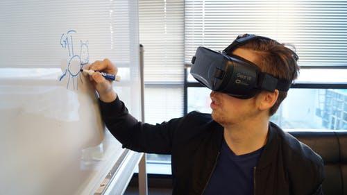 Facebook Reality Lab匹兹堡新办公楼曝光