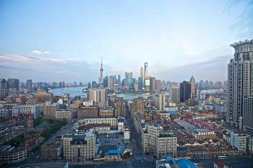上海陆家嘴烂尾写字楼,70亿无人问津