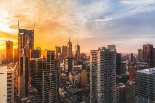 杭州、南京地块频出,土地市场回暖