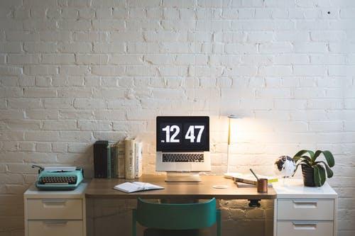 在办公室里,如何快速入眠放松?
