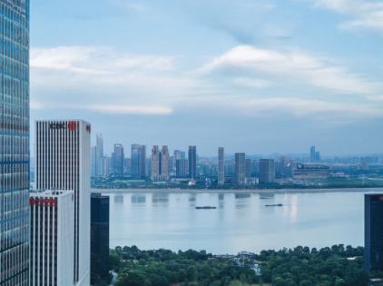 从上海写字楼20年总量变化,看城市发展变迁