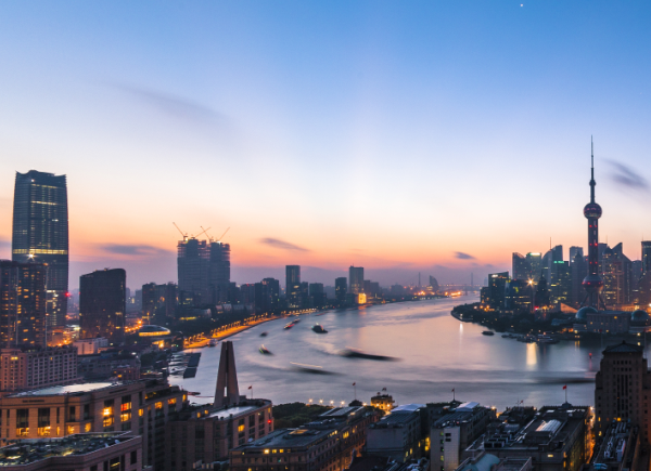 上海徐汇滨江西岸办公楼成功改造,融入环境