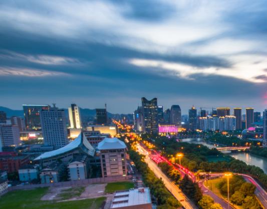 东莞南城国际商务区55亿元挂牌1宗商住地