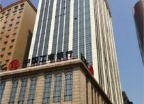 申亚金融广场外立面图
