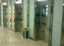 凯润金城电梯厅
