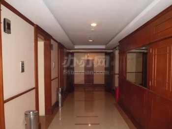 金桥大厦电梯厅