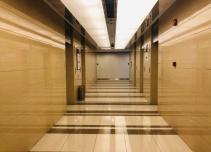 华滋奔腾大厦电梯厅